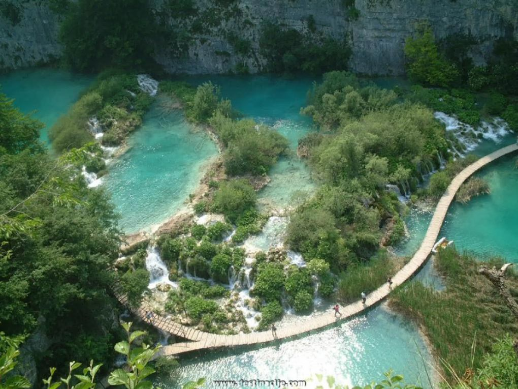 NATIONAL PARK PLITVICE LAKES